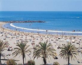 Work at a Beach Resort Abroad